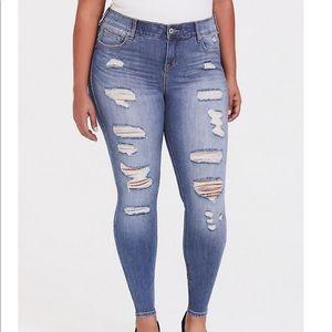 Torrid Premium Bombshell Skinny Jean, 18S